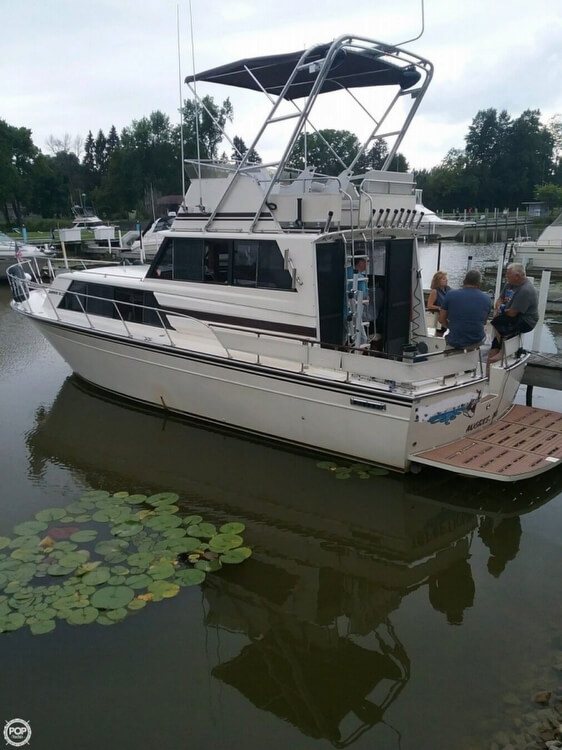 Marinette SEDAN FLYBRIDGE for sale in United States of