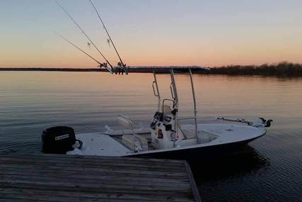 Mako 18 for sale in United States of America for $19,750 (£15,326)