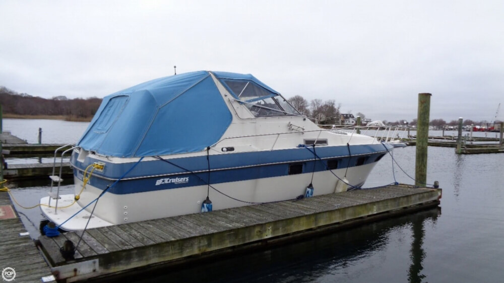 Cruisers Yachts Esprit 3370 For Sale In United States Of America For