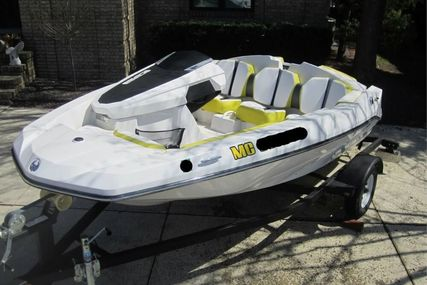 Scarab 165 for sale in United States of America for $21,250 (£15,498)