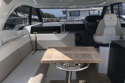 Jeanneau Leader 33 for sale in France for €235,000 (£210,400)