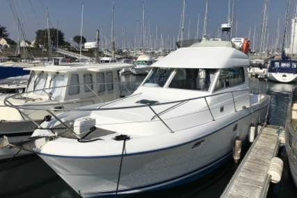 Beneteau Antares 10.80 for sale in France for €62,000 (£54,710)