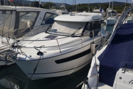 Jeanneau Merry Fisher 895 for sale in France for €109,000 (£95,547)