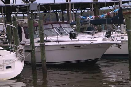 Sea Ray 350 Sundancer for sale in United States of America for $43,900 (£35,270)