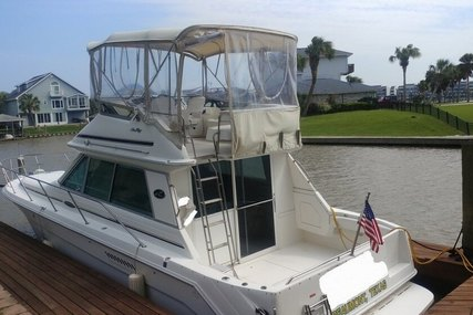 Sea Ray 370 Sedan Bridge for sale in United States of America for $59,400 (£46,056)