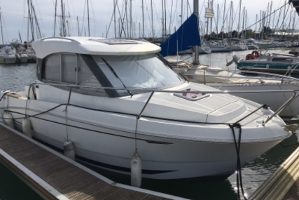 Beneteau Antares 680 HB for sale in France for €27,900 (£24,619)