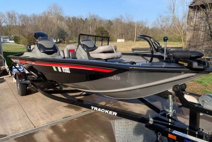 Tracker 190 tx team pro. for sale in United States of America for $24,650 (£19,455)