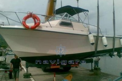 Marine Projects WALKAROUND 27 for sale in Italy for €43,000 (£38,900)