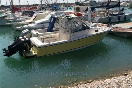 Bayliner Trophy 2352 for sale in Italy for €35,000 (£30,852)