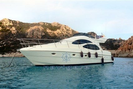 Azimut Yachts AZ 42 for sale in Italy for €220,000 (£198,259)