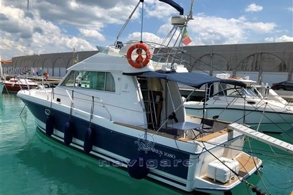 Beneteau Antares 10.80 for sale in Italy for €80,000 (£71,789)