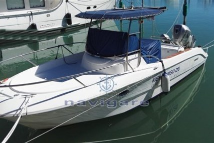 Sessa Marine Key Largo 25 for sale in Italy for €33,000 (£27,395)