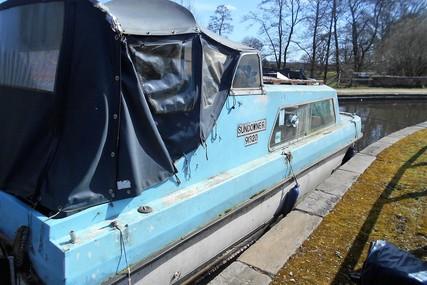 Dawncraft GRP Motor Cruiser for sale in United Kingdom for £1,800