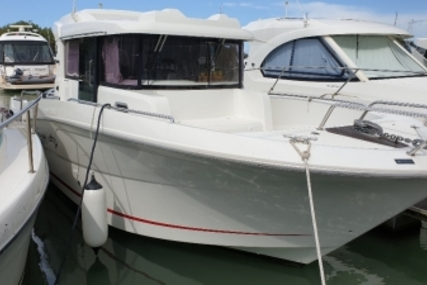 Beneteau Barracuda 9 for sale in France for €62,500 (£56,431)