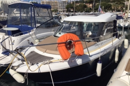 Jeanneau Merry Fisher 645 for sale in France for €26,000 (£23,188)