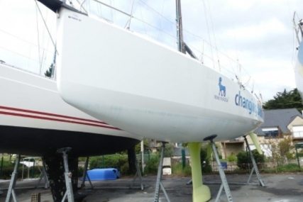 Jeanneau Sun Fast 3600 for sale in France for €169,000 (£148,397)