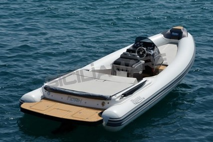Noah 26 for sale in Italy for €60,000 (£52,595)