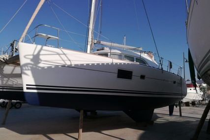 Lagoon 380 S2 for sale in Spain for €180,000 (£158,967)