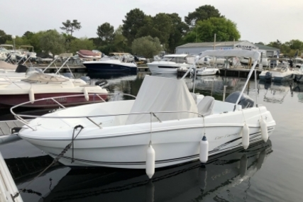 Jeanneau Cap Camarat 6.5 CC for sale in France for €30,000 (£26,297)
