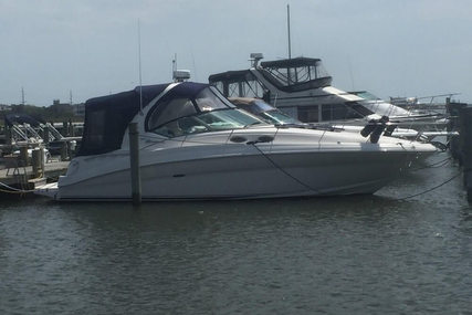 Sea Ray 320 Sundancer for sale in United States of America for $82,500 (£66,327)