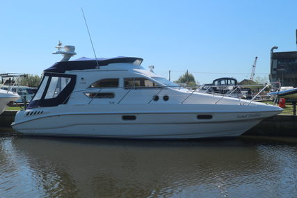 Sealine F33 for sale in United Kingdom for £76,950