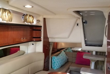 Sea Ray 300 Sundancer for sale in United States of America for $74,900 (£60,291)