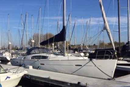 Beneteau Oceanis 43 for sale in Netherlands for €85,000 (£72,742)
