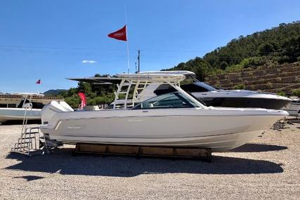 Boston Whaler 270 Vantage for sale in Spain for €249,000 (£222,032)