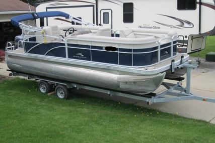 Bennington S21 for sale in United States of America for $27,250 (£21,435)