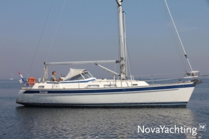 Hallberg-Rassy 37 for sale in Netherlands for €189,000 (£165,886)