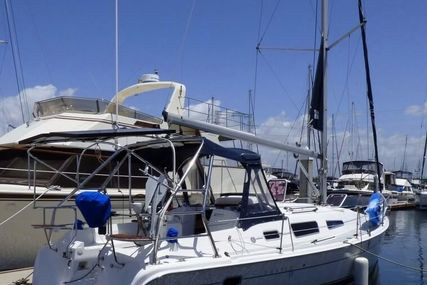 Hunter 33 for sale in United States of America for $70,000 (£54,964)