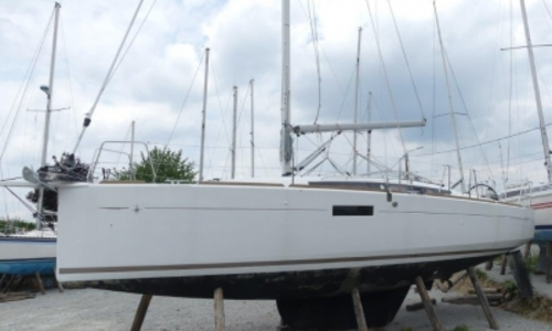 Jeanneau Sun Odyssey 349 Lifting Keel For Sale In France For 129 000