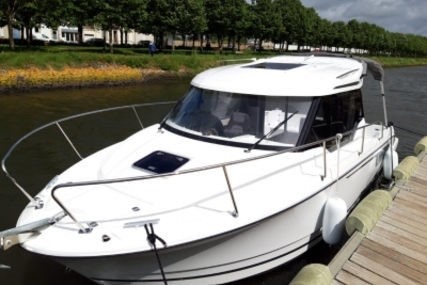Jeanneau Merry Fisher 795 for sale in France for €68,500 (£61,329)