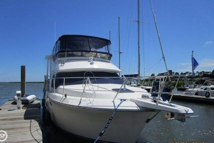 Carver Yachts 370 Aft Cabin for sale in United States of America for $89,000 (£71,364)