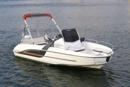 Beneteau Flyer 6.6 Spacedeck for sale in France for €22,900 (£20,586)