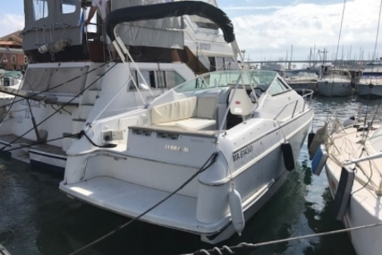 Chris-Craft 232 CROWN for sale in France for €12,000 (£10,603)