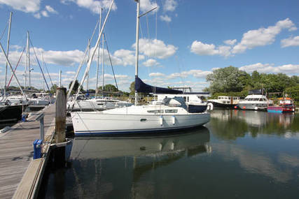 Jeanneau Sun Odyssey 32i for sale in United Kingdom for £42,950