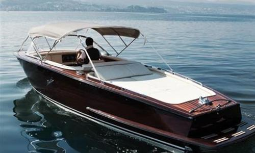 Image of Boesch 620 Bimini de Luxe for sale in United Kingdom for €219,900 (£200,824) London, United Kingdom