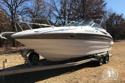 Crownline 260 CR for sale in United States of America for $55,400 (£42,576)