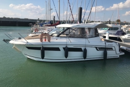 Jeanneau Merry Fisher 855 for sale in France for €76,000 (£67,781)