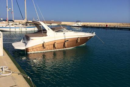 Chris-Craft 320 Express 2000 for sale in Greece for €74,000 (£66,814)