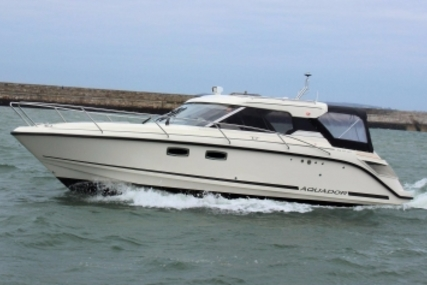 Aquador 27 HT for sale in Ireland for €179,000 (£159,642)