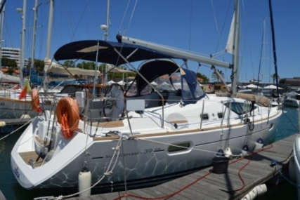 Jeanneau Sun Odyssey 39 DS for sale in Portugal for €117,500 (£105,350)