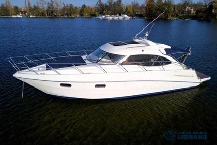 Sealine SC 39 for sale in Italy for €138,000 (£123,554)