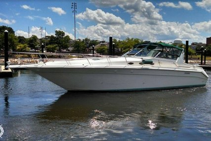 Sea Ray 440 Sundancer for sale in United States of America for $93,100 (£74,394)