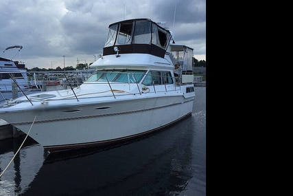 Sea Ray 360 Aft Cabin for sale in United States of America for $15,000 (£11,574)