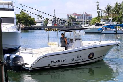 Century 3200 Center Console for sale in United States of America for $69,990 (£55,849)