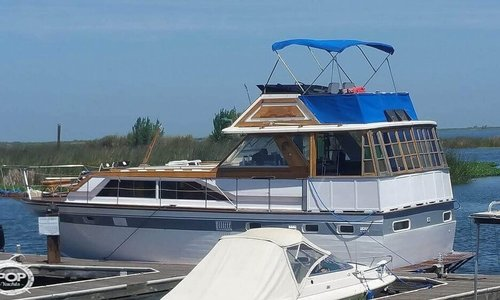 Image of Trojan Flush Deck Motoryacht 42 for sale in United States of America for $40,000 (£32,074) Bethel Island, California, United States of America
