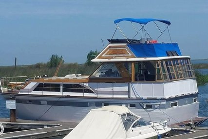 Trojan Flush Deck Motoryacht 42 for sale in United States of America for $40,000 (£31,743)