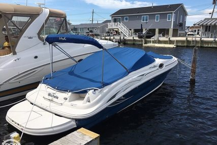 Sea Ray 240 Sundeck for sale in United States of America for $27,000 (£21,545)
